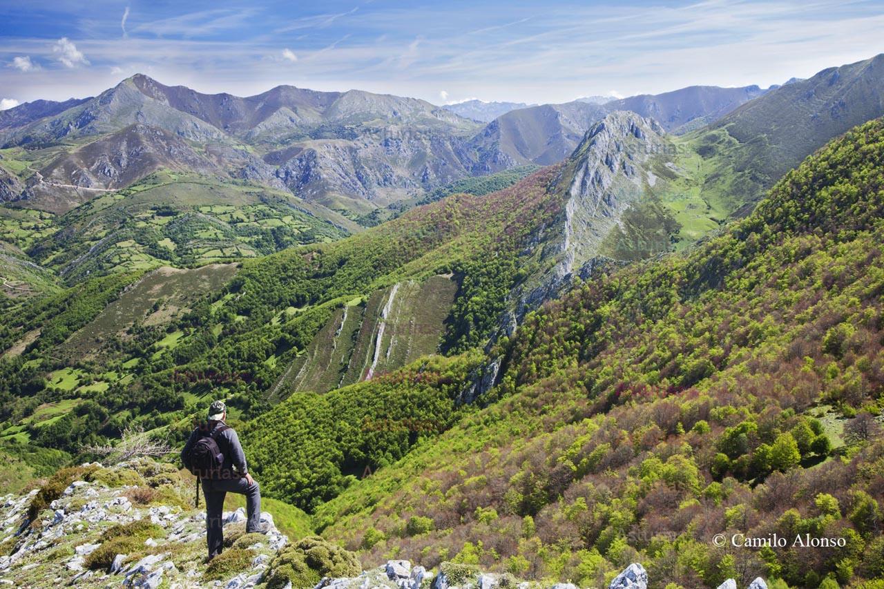 Vistas desde Fuentes de Invierno, Aller, Asturias.